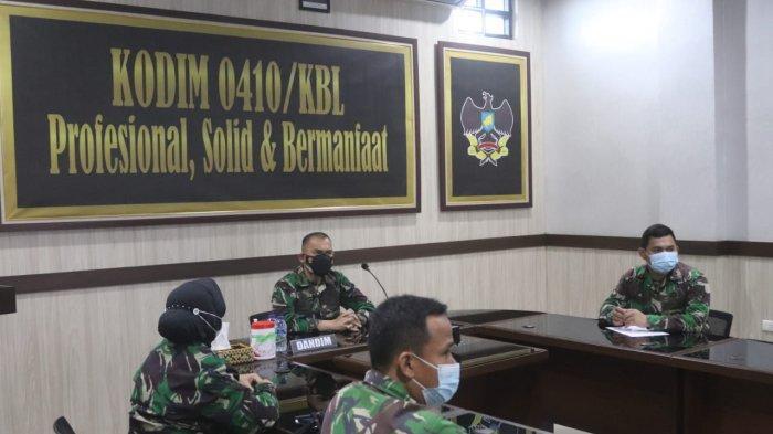 Kolonel Inf Romas Herlandes Ikuti Kegiatan Pengendalian Program Anggaran TNI AD secara Daring