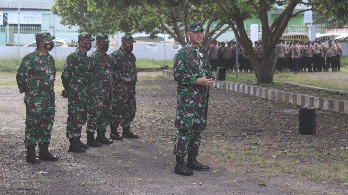 Kolonel Inf Romas Herlandes Beri Arahan kepada Personel Satgas Covid 19 Kota Bandar Lampung