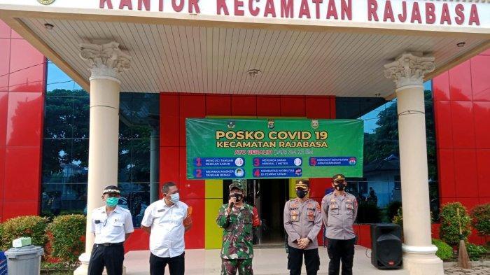 Danramil 410-06/Kedaton Mayor Inf Anang Nugroho Hadiri Pembentukan Posko Covid 19 Kecamatan Rajabasa