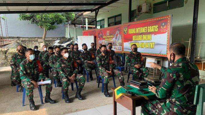 Danramil 410-04/TKT Mayor Inf Sutoto Berikan Arahan kepada Anggota Koramil