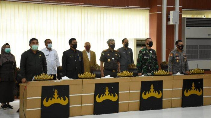 Kolonel Inf Romas Herlandes Hadiri Sidang Paripurna DPRD Kota Bandar Lampung