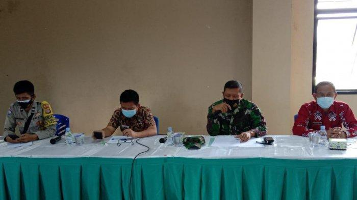 Penerapan PPKM Mikro, Danramil 410-06/TKP Hadiri Rakor Lintas Sektor di Kecamatan Rajabasa