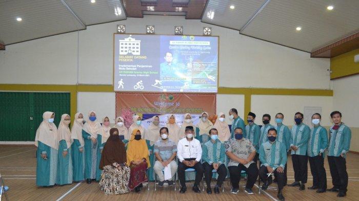 Hibah PKM, Tiga Dosen IIB Darmajaya Lakukan Pendampingan SOP Blended Learning SMA IT Ar Raihan