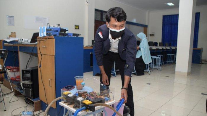 Mahasiswa IIB Darmajaya Ciptakan Sistem Monitoring Air pada Budikdamber Berbasis IoT