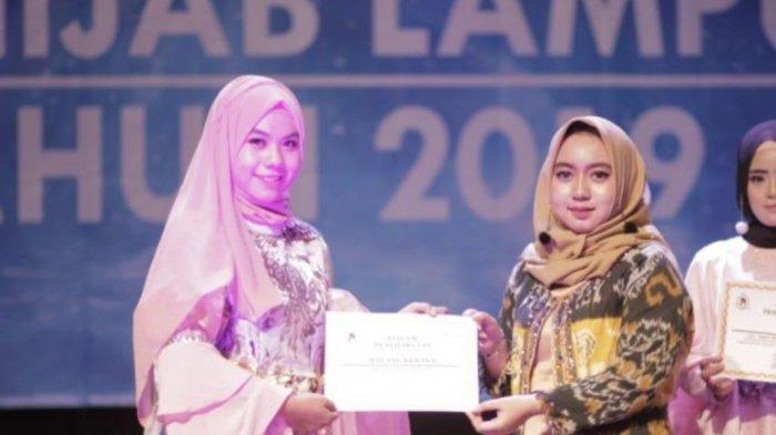 Mayang Novita Sanjaya Desainer Muda Lampung yang Juga Mahasisiwi Berbakat Darmajaya