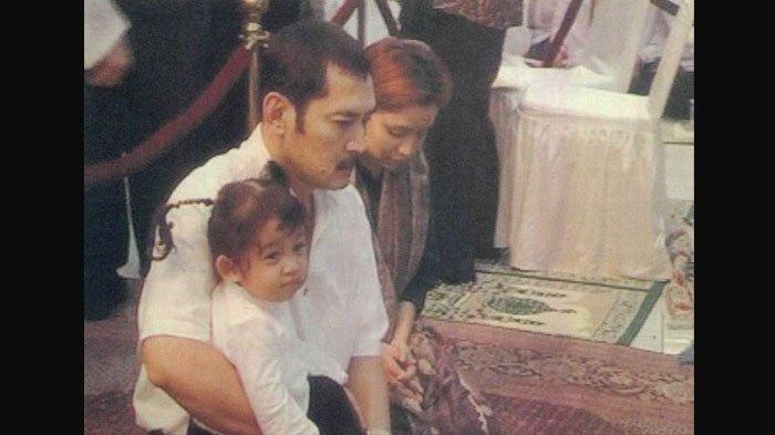 Reaksi Tak Terduga Halimah Saat Lihat Titiek & Mamiek Usir Mayangsari Depan Soeharto