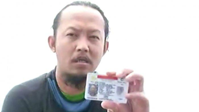 Relawan Temukan SIM dan Paspor Kru Sriwijaya Air SJ 182