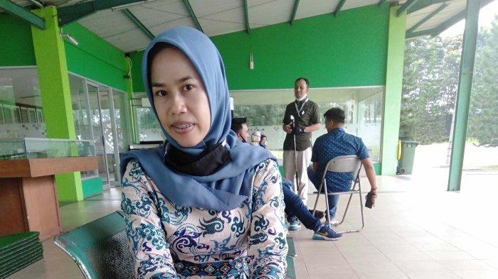 Asyik Jadi Dosen, Dewi Lutfianawati: Bisa Berbagi Ilmu dan Jalin Pertemanan dengan Mahasiswa
