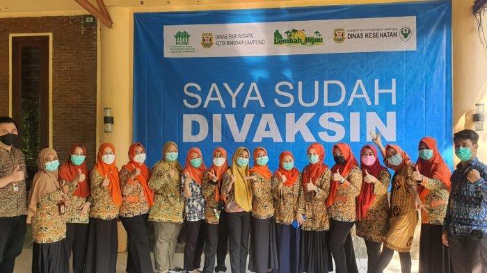 Dinas Pariwisata Bandar Lampung Gelar Vaksinasi Covid-19 Tahap Pertama di Lembah Hijau