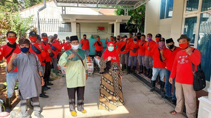 Dipimpin Bunda Eva Dwiana, MTRH Lampung Semprot Disinfektan di Sukabumi, Bandar Lampung