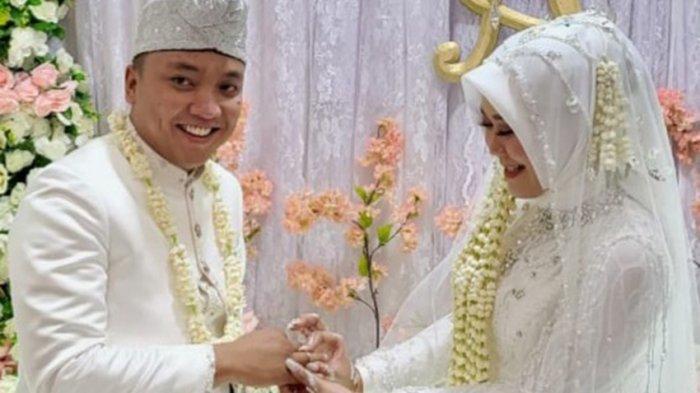 Dirut Tegal Mas Menikah, Keluarga Besar Tribun Lampung Ucapkan Selamat Berbahagia
