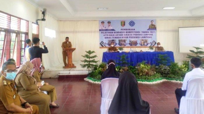 Disnaker Lampung Buka PBK Tingkatkan Keterampilan yang Siap Berwirausaha
