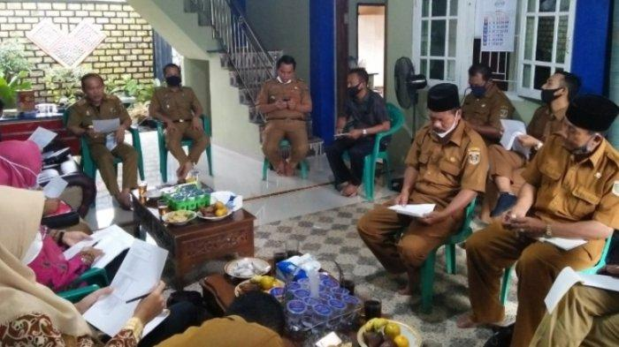 Dissos Lampung Tengah Sosialisasikan DTKS di Kecamatan Punggur