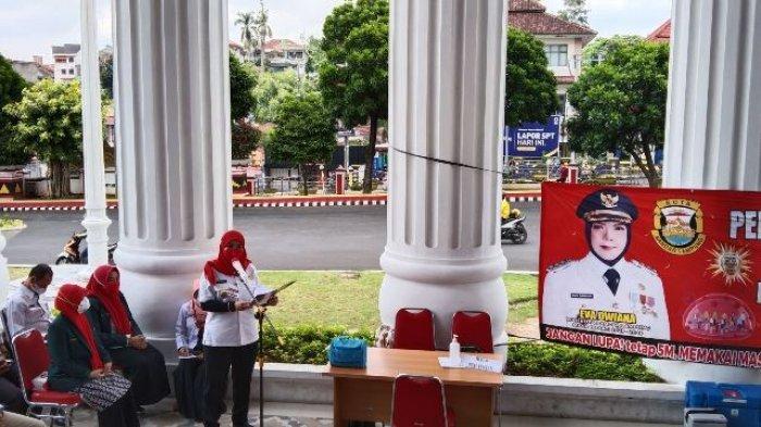 Disuntik Vaksin Covid-19, Wali Kota Eva Dwiana: Akhirnya Bunda Divaksin