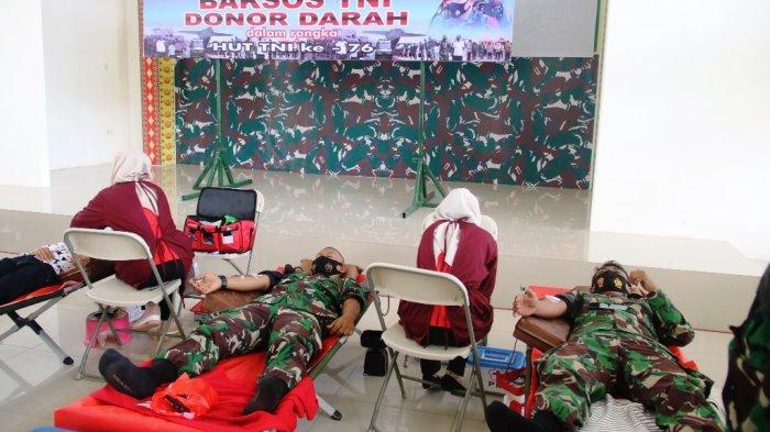 Peringati HUT Ke-76 TNI, Kodim 0429/Lampung Timur Gelar Baksos Donor Darah