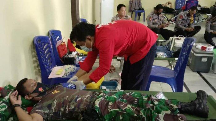 Personil Kodim 0426 Tulangbawang Ikut Bakti Sosial Donor Darah HUT Bahayangkara ke-75