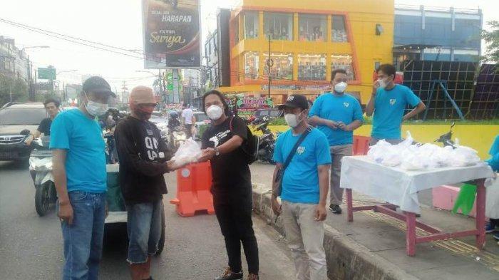 DPD KNPI Kota Bandar Lampung KC Enggal Mengadakan Kegiatan Berbagi Takjil