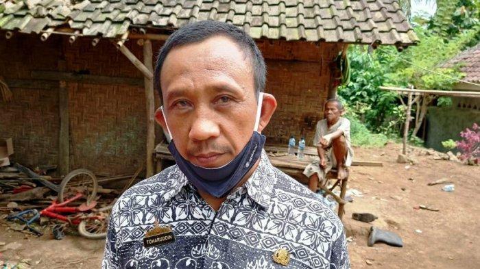 Saniah Warga Miskin di Lampung Selatan Dapatkan Bantuan Sosial dari Dua Desa