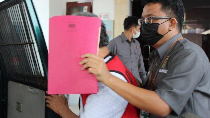 Jadi Tersangka Dugaan Korupsi SMPN 10 Metro, Supardi dan Abdul Basit Ditahan untuk Penyidikan