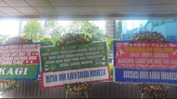 Erick Thohir Pecat Dirut Garuda,Asosiasi Karyawan Garuda Indonesia Ramai-ramai Kirim Karangan Bunga