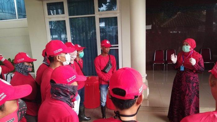 Eva Dwiana ImbauMasyarakat Patuh Kepada Protokol Gawat Darurat Covid-19