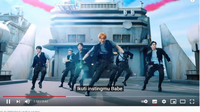 EXO rajai tangga lagu iTunes di seluruh dunia