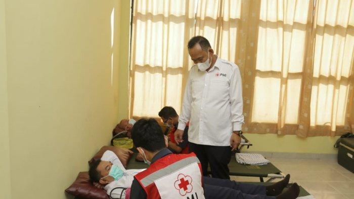 PMI Pringsewu Kumpulkan 100 Kantung Darah di Hari Donor se-Dunia