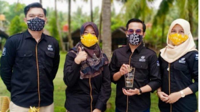 PT Pegadaian Galeri24 Regional III Lampung yang mencakup tiga provinsi, yakni Lampung, Sumatera Selatan, dan Jambi mencatatkan prestasi sebagai regional terbaik nasional.