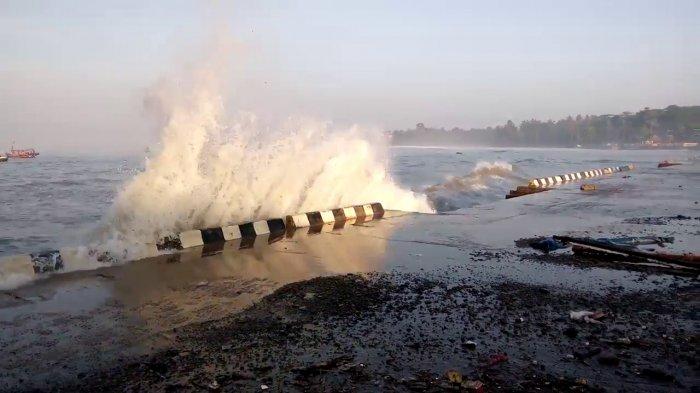 Ada Potensi Gelombang Tinggi di Sejumlah Perairan Lampung
