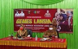 Dewi Handajani Launching Gemes Lansia di Tanggamus Lampung