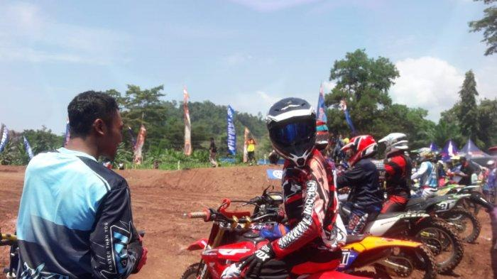 CRF Owner Lampung Racing Team Ikuti Grasstack Piala Danbrigif 4 Mar/Bs Yon 9 Beruang Hitam