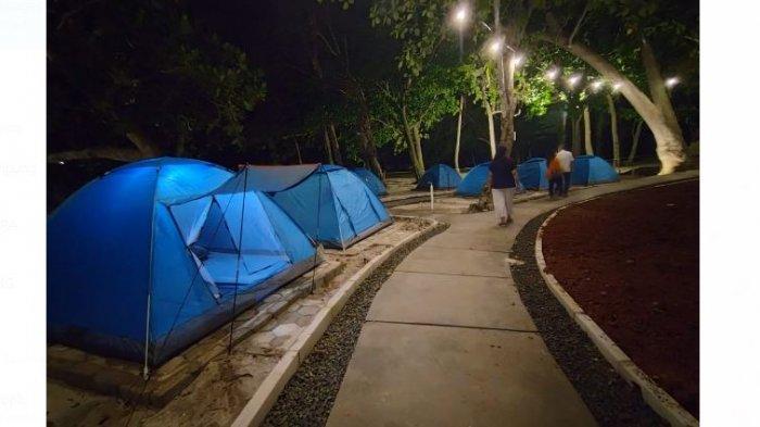 Tenda kemah kecil untuk 2 orang dewasa