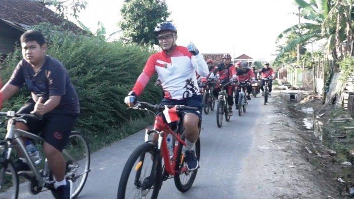 Kodim 0426 Tulangbawang Gadeng Tuba Bike Sport Bagi Sembako Sembari Goes Sepeda