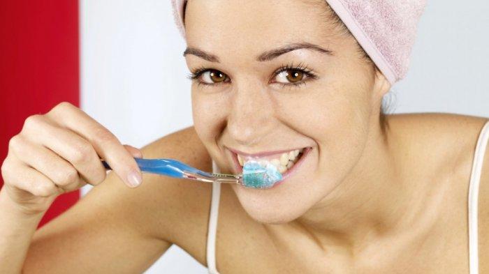 Apakah Menggosok Gigi Batalkan Puasa