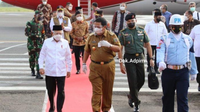 Gubernur Arinal Sambut Kedatangan Wapres di Bandara Radin Inten II Lampung