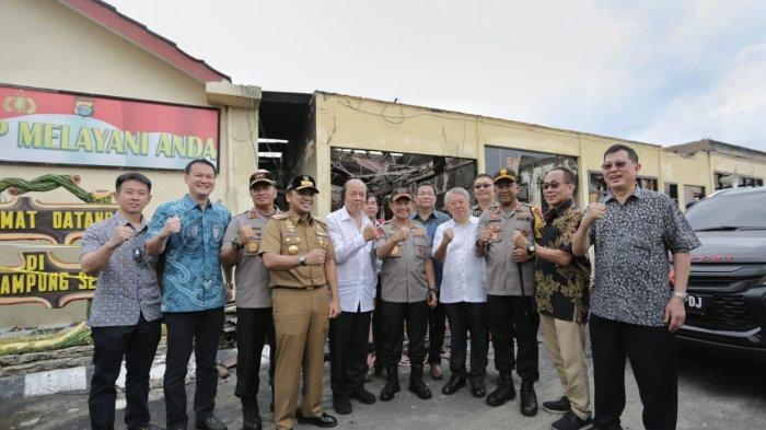 Gubernur Bersama Kapolda Lampung Dampingi Kapolri Kunjungi Polres Lampung Selatan yang Terbakar