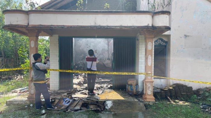 Gudang Kosong di Kotabumi Selatan Lampung Utara Terbakar
