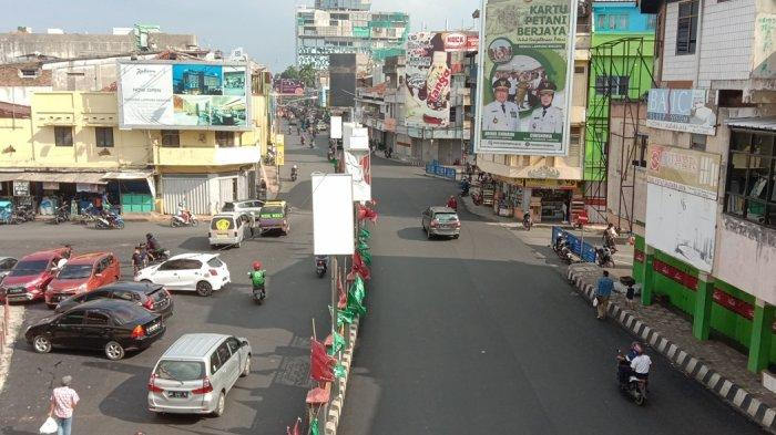 H-1 Lebaran 2020, Suasana Jalan Protokol di Bandar Lampung Terlihat Sepi Kendaraan