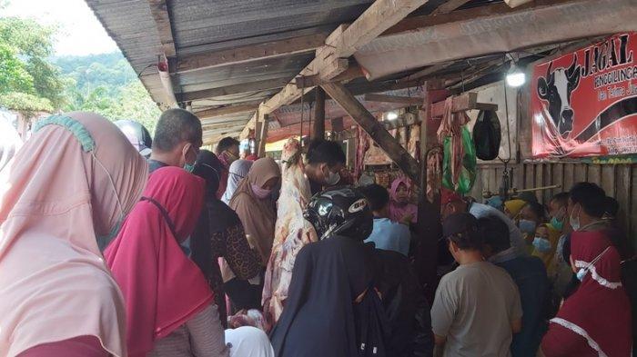 H-1 Lebaran, Harga Daging Sapi di Pasar Liwa Lampung Barat Tembus Rp 150 Ribu per Kg