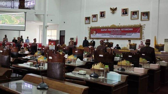 Hanya 7 Anggota DPRD Tubaba Hadiri Paripurna HUT Provinsi Lampung