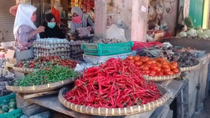 Pasca Lebaran Cabai Merah Murah Rp 17.000 di Pasar Gisting