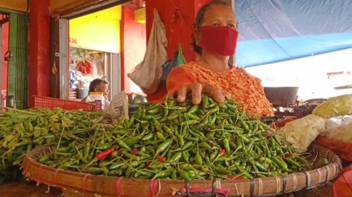 Harga Cabai Rawit di Pasar Talang Padang Turun, Kini Rp 70 Ribu per Kg