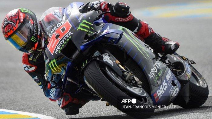Ilustrasi Pembalap Monster Energy Yamaha Fabio Quartararo mengendarai motor selama sesi latihan bebas ketiga Grand Prix MotoGP Prancis 2021 di Sirkuit Le Mans, Prancis, pada 15 Mei 2021. Simak, berikut ini hasil kualifikasi MotoGP Prancis 2021 yang berlangsung di Sirkuit Le Mans, Prancis. Pembalap Fabio Quartararo raih pole position.