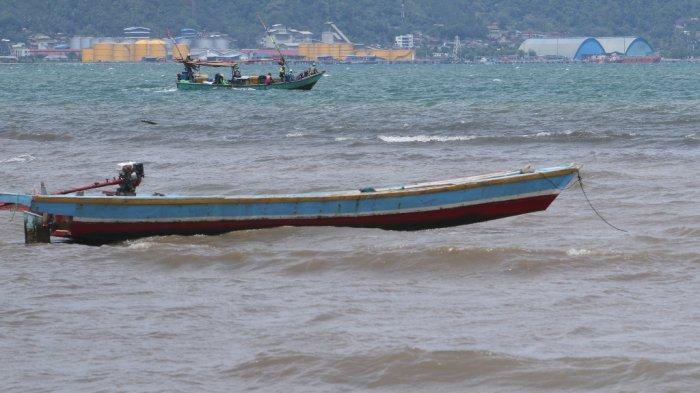 Akibat Angin Kencang, Tangkapan Nelayan Bandar Lampung Merosot
