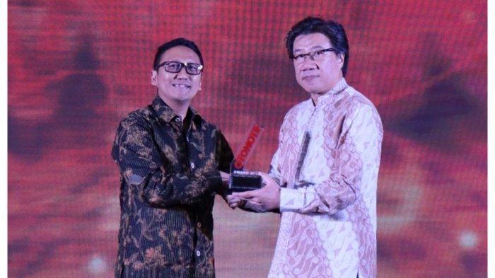 Honda Forza Dinobatkan Rookie of The Year di Ajang Otomotif Award 2019