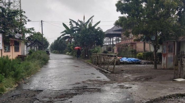 Hujan Deras Guyur Lampung Barat, Masyarakat Pilih di Rumah Saja di Hari Ketiga Lebaran