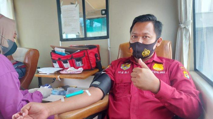 HUT Ke-75 Bhayangkara, Personel dan Bhayangkari Polres Lampung Utara Donor Darah