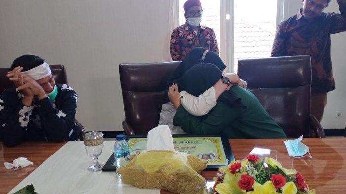 Anak di Demak Akhirnya Cabut Laporan terhadap Ibu, Bertemu Saling Berpelukan