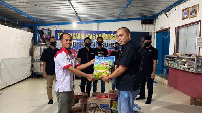 ID42NER Chapter Lampung Berbagi Sembako untuk Masyarakat Terdampak Corona