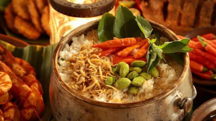 Kuliner Bandung, 6 Rekomendasi Nasi Liwet Enak Mulai dari Rp 15 ribu Saja